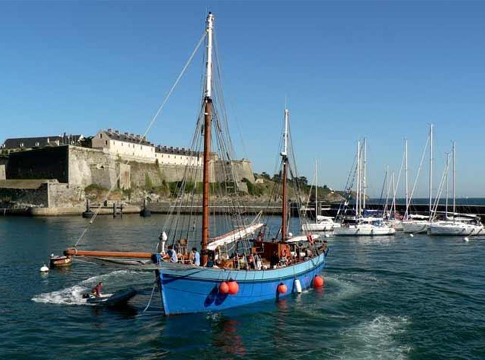 Camping on belle ile en mer in the morbihan camping le for Port donnant belle ile